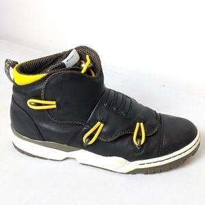 Adidas originals Hikelander black yellow, size 9.5